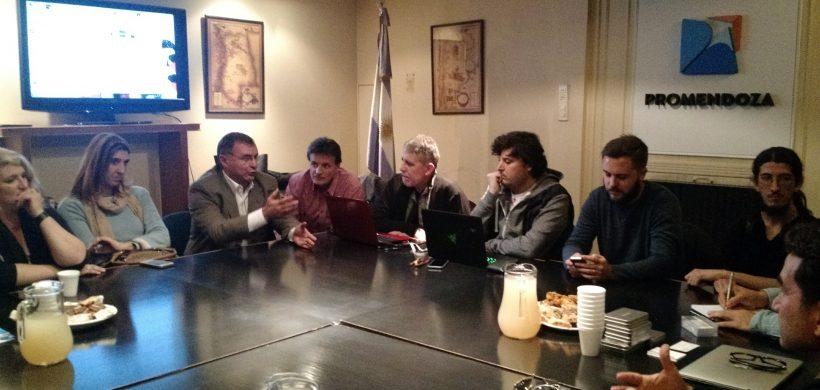 Conforman cluster audiovisual regional y acuerdan colaboración con pares vascos