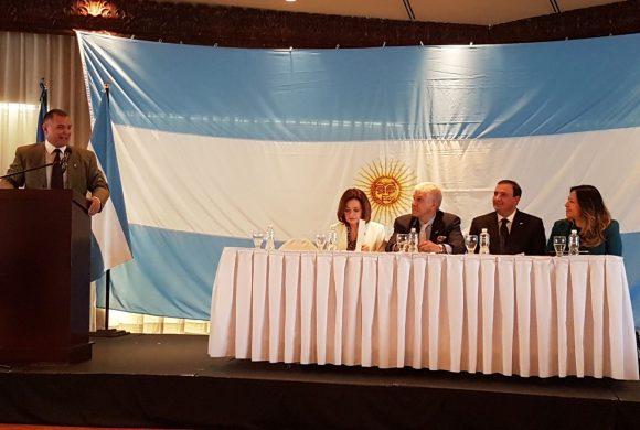 Mendoza busca negocios en Honduras