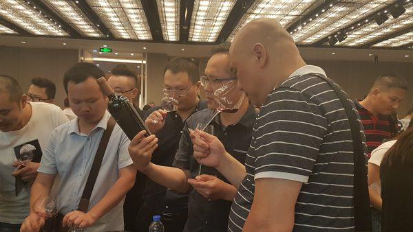 Exitosa promoción de vinos mendocinos en Shanghai