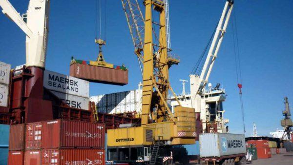 Exportadores aseguran que el tipo de cambio alto no les da más competitividad
