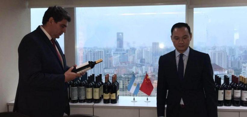 Mendoza abrió un Hub Logístico en Shangai con una primera venta de vinos
