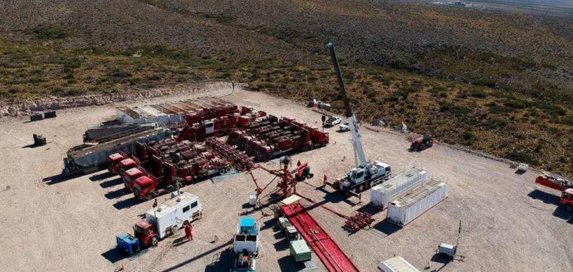 El Gobierno apuesta al petróleo tras el revés con la minería