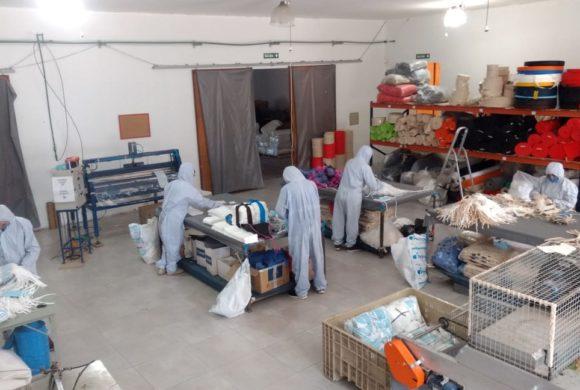 Una pyme exportadora amplía su gama de productos y fabrica barbijos en Mendoza