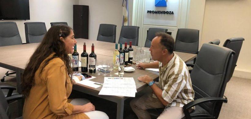 Una pyme mendocina vendió un contenedor de vinos a Australia